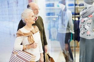 Senior couple shopping in Lutherville-Timonium near our retirement community.